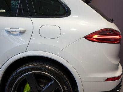 Porsche Cayenne 3.0 V6 462ch S Platinium Edition Tiptronic E-Hybride Tiptronic A - <small></small> 63.900 € <small>TTC</small> - #14