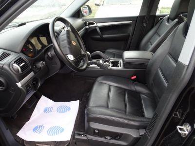 Porsche Cayenne 3.2L V6 250PS Tipt/Jantes 18  TOE  PDC  Bixénon  Ord - <small></small> 15.890 € <small>TTC</small> - #9