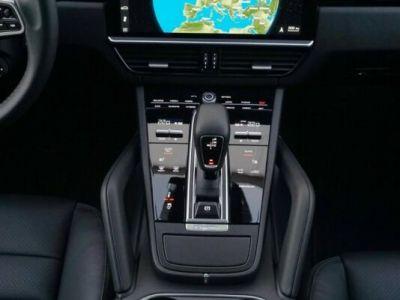 Porsche Cayenne E-HYBRID  - <small></small> 106.490 € <small>TTC</small>