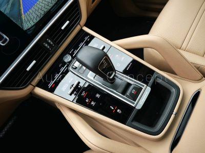 Porsche Cayenne E-Hybrid Coupé, Roues 22, Suspension pneumatique, Volant carbone - <small></small> 97.900 € <small>TTC</small>
