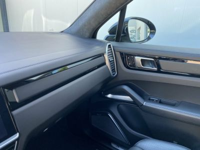 Porsche Cayenne TURBO S E-HYBRID 680CH - <small></small> 169.900 € <small>TTC</small> - #31