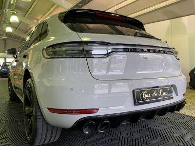 Porsche Macan Turbo - <small></small> 116.890 € <small>TTC</small>