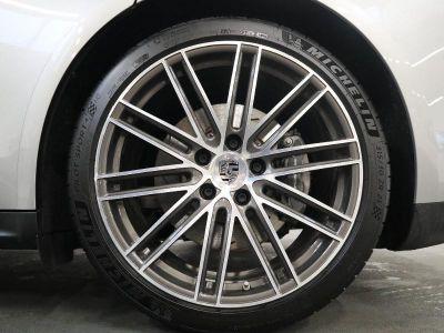 Porsche Panamera 3.0 V6 462ch 4 E-Hybrid - <small></small> 109.800 € <small>TTC</small>