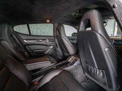 Porsche Panamera S V6 3.0 E-Hybrid 416 Ch - Toit Ouvrant, Suspension Pneumatique, Caméra 360, Feux LED Avec PDLS+, ... - Révisée 04/2021 - Garantie 12 Mois - <small></small> 51.500 € <small>TTC</small> - #18