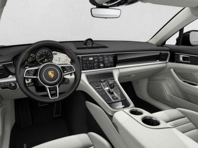Porsche Panamera Sport Turismo 4 E-Hybrid 2018 - <small></small> 139.429 € <small>TTC</small>