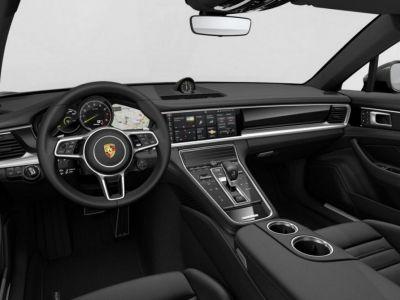 Porsche Panamera Sport Turismo 4 E-Hybrid 2018 - <small></small> 117.952 € <small>TTC</small>