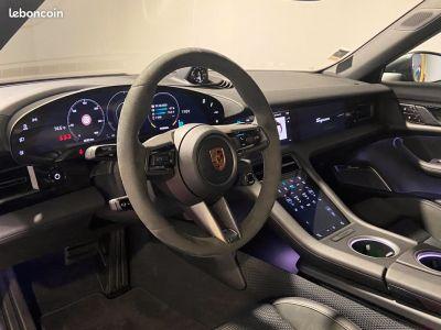 Porsche Taycan 4S - <small></small> 160.000 € <small>TTC</small>