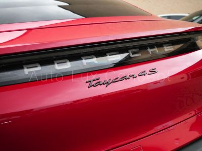 Porsche Taycan 4S Performance +, ACC, Chrono, BOSE, Caméra 360° - <small></small> 135.900 € <small>TTC</small> - #15