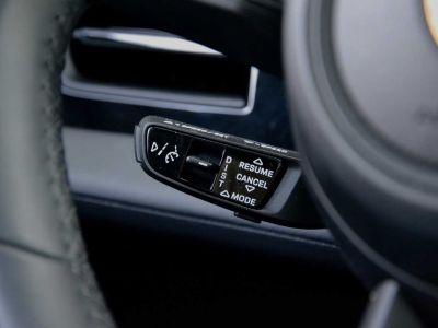 Porsche Taycan PerfmBat SportSound Airsus 18Way BOSE 22kW - <small></small> 105.900 € <small>TTC</small> - #16