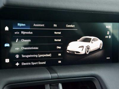 Porsche Taycan PerfmBat SportSound Airsus 18Way BOSE 22kW - <small></small> 105.900 € <small>TTC</small> - #23