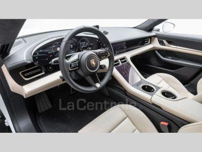Porsche Taycan TURBO - <small></small> 174.990 € <small>TTC</small>