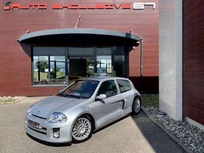 Renault CLIO 3.0 V6 225 cv RENAULT SPORT - <small></small> 34.990 € <small>TTC</small>