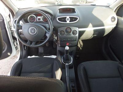 Renault CLIO III 1.5 DCI 75CH ALIZE ECO² 5P - <small></small> 5.490 € <small>TTC</small>
