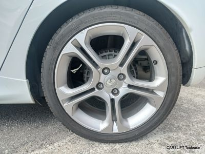 Renault Clio IV 1.2 Tce 120 GT (2014) - <small></small> 10.490 € <small>TTC</small> - #14