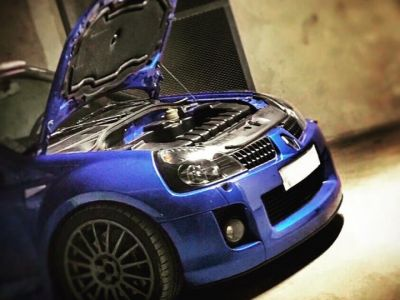Renault Clio V6 Phase 2  //   EX: FERNANDO ALONSO - <small></small> 60.000 € <small>TTC</small>