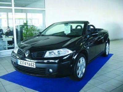 Renault MEGANE CC 1.6L 16V DYNAMIQUE - <small></small> 17.800 € <small>TTC</small>