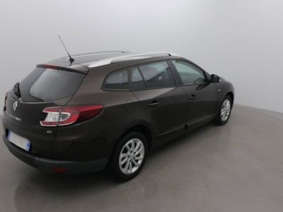Renault Megane III ESTATE 1.5 dCi 110 LIMITED - <small></small> 9.490 € <small>TTC</small> - #4