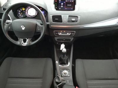 Renault Megane III ESTATE 1.5 dCi 110 LIMITED - <small></small> 9.490 € <small>TTC</small> - #5