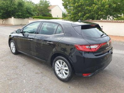 Renault Megane IV Berline Blue dCi 115 Zen - <small></small> 19.698 € <small>TTC</small> - #2