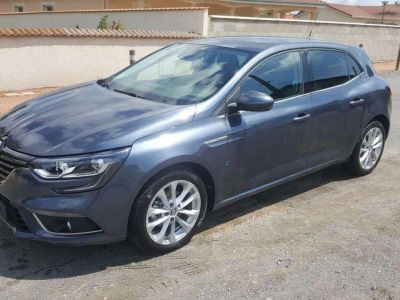 Renault Megane IV Berline Blue dCi 115 Zen - <small></small> 19.698 € <small>TTC</small> - #1