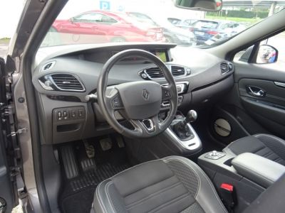 Renault Scenic 1.2 TCE 130CH ENERGY BOSE EURO6 2015 - <small></small> 12.480 € <small>TTC</small>