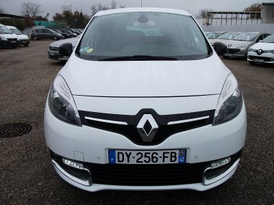 Renault Scenic 1.5 DCI 110CH ENERGY BOSE ECO² 2015 - <small></small> 9.990 € <small>TTC</small>