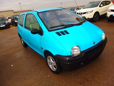 Renault TWINGO 1.2 58CH MATIC - <small></small> 2.400 € <small>TTC</small>