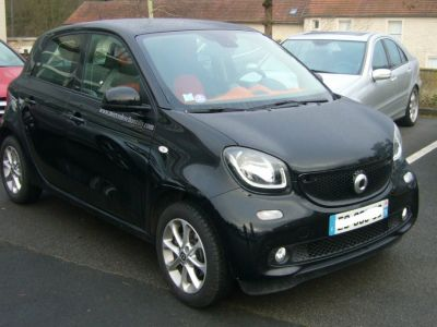 Smart FORFOUR 1.0 PASSION - <small></small> 12.000 € <small>TTC</small>