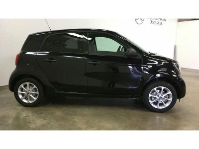 Smart FORFOUR 90ch passion twinamic E6c - <small></small> 14.990 € <small>TTC</small>