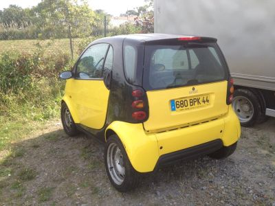 Smart FORFOUR passion 1.3i diessel societe - <small></small> 2.500 € <small>TTC</small>