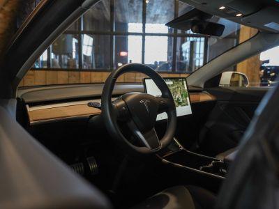 Tesla Model 3 Performance Als nieuw! Direct leverbaar! - <small></small> 57.500 € <small>TTC</small> - #12