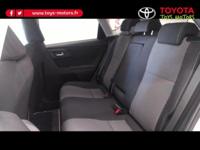 Toyota AURIS HSD 136h Collection RC18 - <small></small> 20.990 € <small>TTC</small>