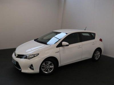 Toyota AURIS HSD 136h Dynamic - <small></small> 12.990 € <small>TTC</small>
