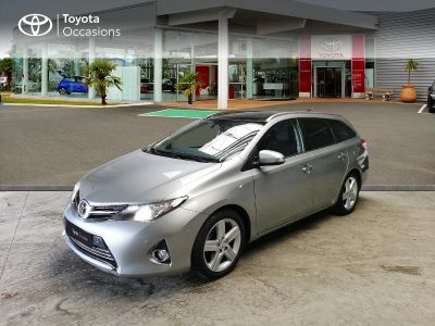 Toyota Auris Touring Sports 124 D-4D Style - <small></small> 11.990 € <small>TTC</small> - #1