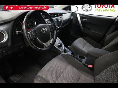 Toyota Auris Touring Sports HSD 136h Dynamic - <small></small> 13.990 € <small>TTC</small> - #3