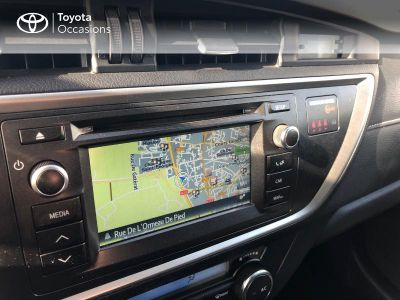 Toyota Auris Touring Sports HSD 136h Feel! - <small></small> 14.290 € <small>TTC</small> - #15