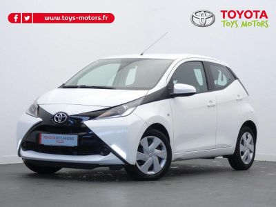 Toyota AYGO 1.0 VVT-i 69ch x-play x-shift 5p