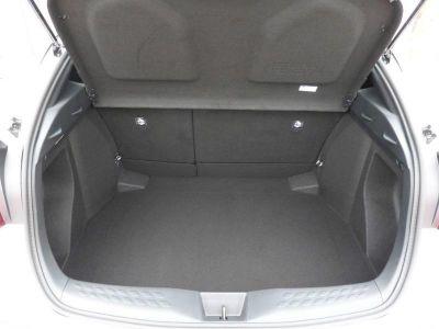 Toyota C-HR 1.2 T 116 Dynamic AWD CVT - <small></small> 18.900 € <small>TTC</small>
