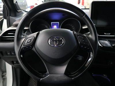 Toyota C-HR 122h Distinctive 2WD E-CVT - <small></small> 21.490 € <small>TTC</small>