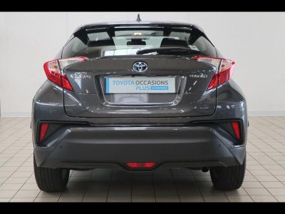 Toyota C-HR 122h Dynamic Business 2WD E-CVT RC18 - <small></small> 27.490 € <small>TTC</small>
