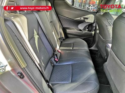 Toyota C-HR 122h Graphic 2WD E-CVT - <small></small> 25.490 € <small>TTC</small>