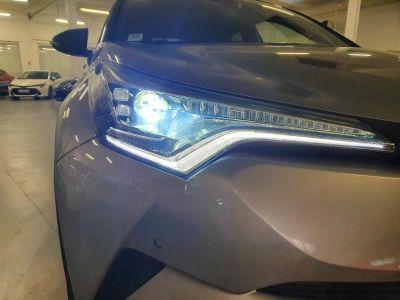 Toyota C-HR 122h Graphic 2WD E-CVT RC18 - <small></small> 22.990 € <small>TTC</small> - #6