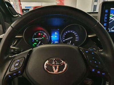 Toyota C-HR 122h Graphic 2WD E-CVT RC18 - <small></small> 22.990 € <small>TTC</small> - #10