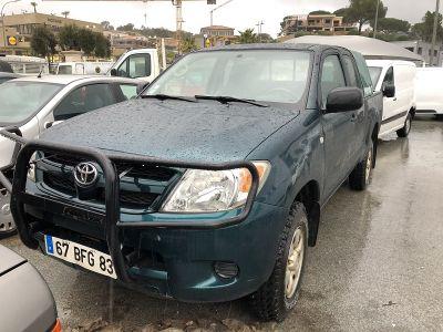 Toyota HILUX 120 D-4D X-TRA CABINE GX 4X4 - <small></small> 11.000 € <small>TTC</small>