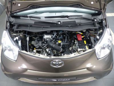 Toyota iQ 1.0i VVT-i Luna Multidrive - <small></small> 10.900 € <small>TTC</small> - #10