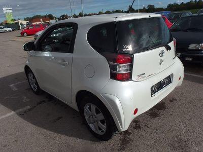 Toyota IQ 68 VVT-I - <small></small> 5.500 € <small>TTC</small>