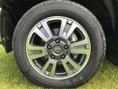 Toyota Tundra 5.7 V8 CrewMax 1794 Edition 4WD Auto. - <small></small> 59.900 € <small></small> - #13