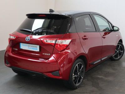 Toyota YARIS 100h Collection 5p RC18 - <small></small> 18.990 € <small>TTC</small>