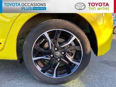 Toyota YARIS 100h Collection Jaune 5p - <small></small> 18.490 € <small>TTC</small>