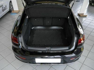 Volkswagen Arteon 2.0 TDI 150 ELEGANCE DSG7(01/2018) - <small></small> 32.900 € <small>TTC</small> - #3